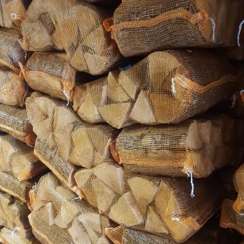 Lichfield Standard Net of Kiln Dried Logs